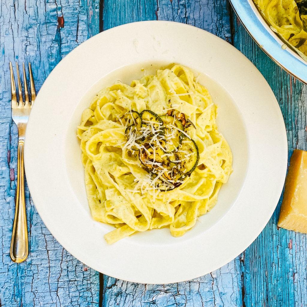 Italienische Zucchini Pasta
